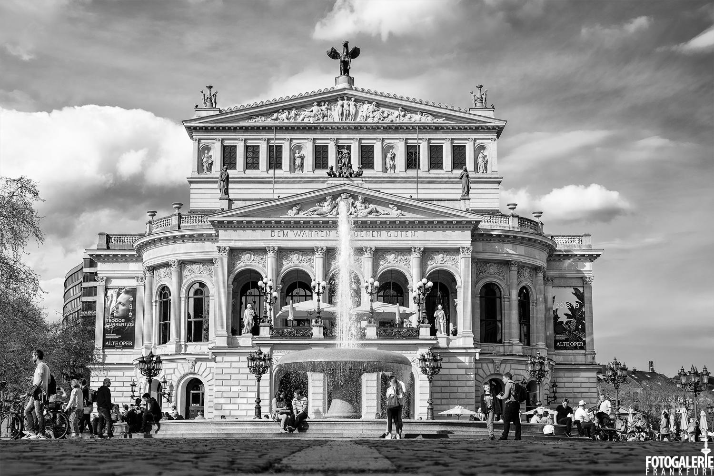 Schwarz Weiß Frankfurt