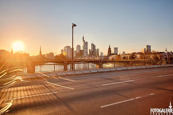 Sonnenuntergang Frankfurt Skyline