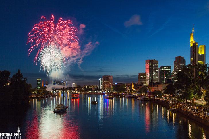 Feuerwerk Mainfest - Fotogalerie Frankfurt