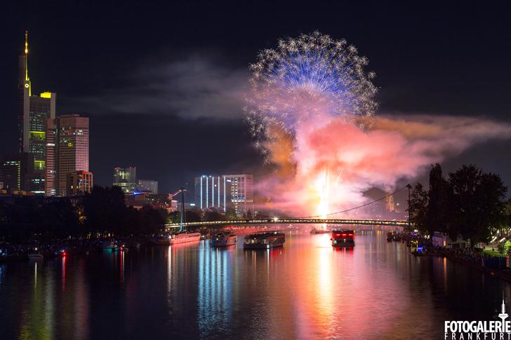 Feuerwerk Museumsuferfest - Fotogalerie Frankfurt