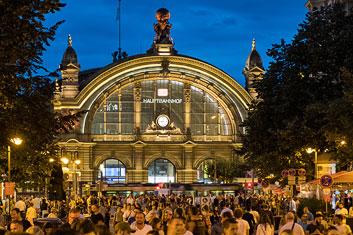 Bahnhofsviertelnacht Frankfurt thumb